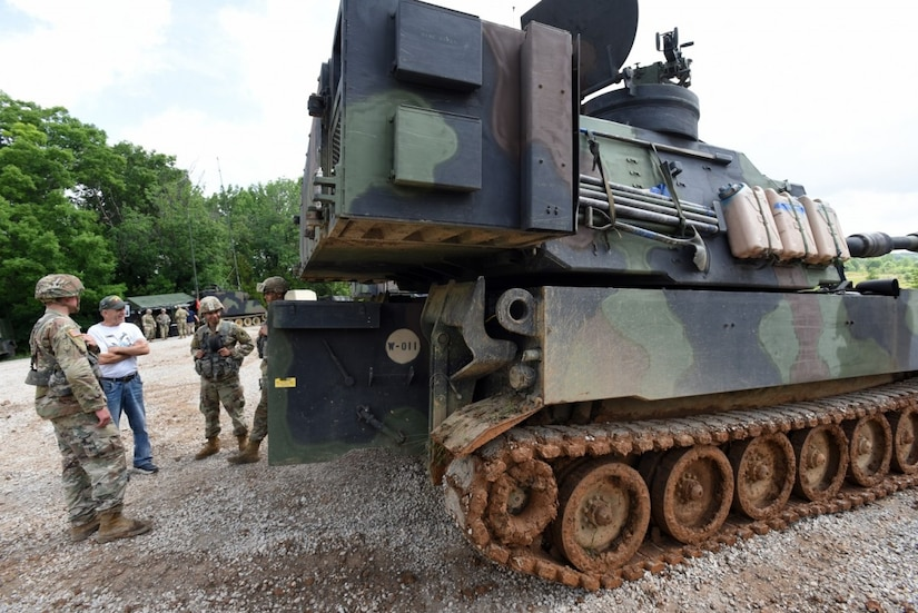 Live Fire Exercise, 138th FA at Fort Knox, Ky.