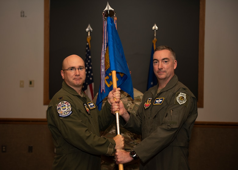 Air Force colonel passes unit guidon to Air Force colonel