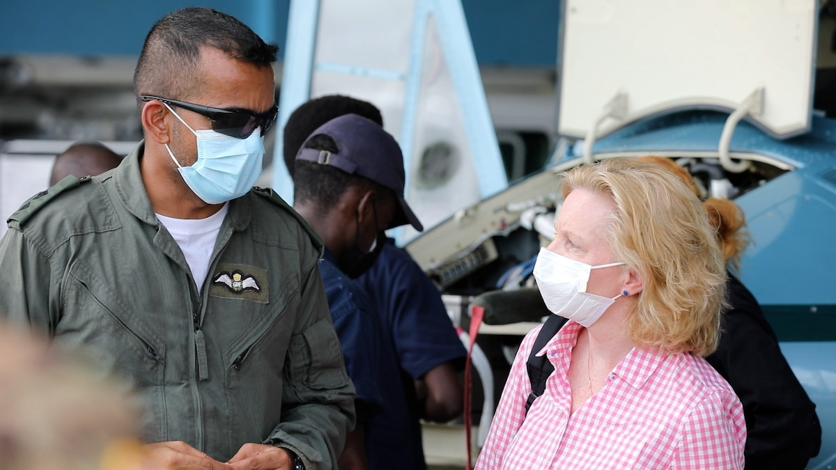 U.S. Ambassador Sarah-Ann Lynch visited troops engaged in Exercise Tradewinds.