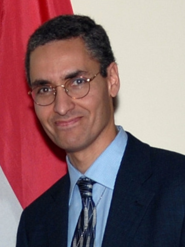 Portrait of Dr. Maged Hussein