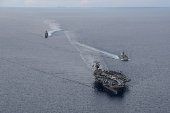 Ronald Reagan CSG exercises with Republic of Singapore Navy