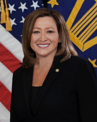 This is a photo of Deputy Director of DLA Acquisitions (J7) Senior Executive Service, Roxanne Banks
