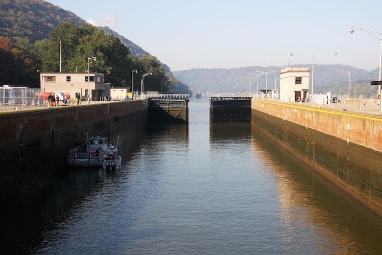 Morning at Montgomery Locks and Dam.
