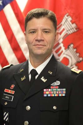 Lieutenant Colonel Joe M. Sahl assumed command of the Nashville District on July 1, 2021. As Commander and District Engineer, Lt. Col. Sahl manages the water resources development and navigable waterways operations for the Cumberland and Tennessee River basins covering 59,000 square miles, with 42 field offices touching seven states and a work force of over 700 employees.