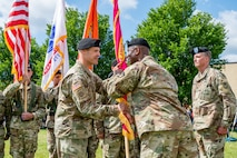 Photo of Col. Daniel Horn assuming command of Tobyhanna Army Depot.