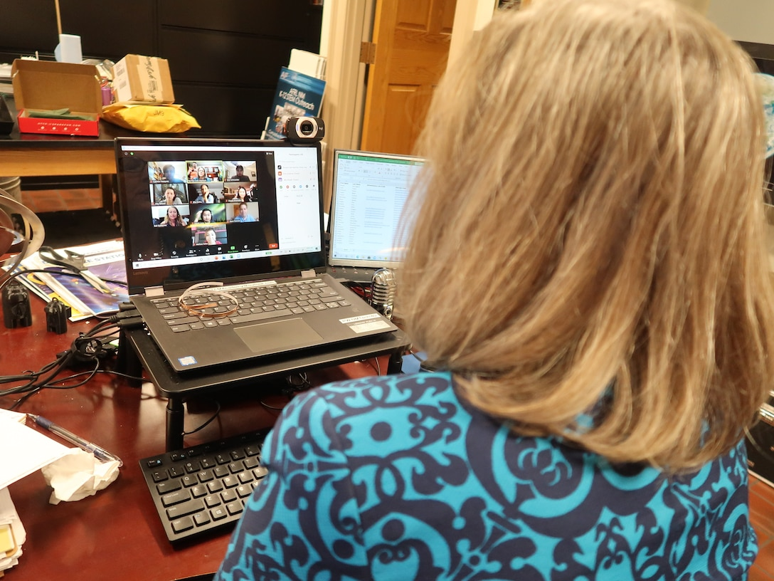 Career STREAM founder Ronda Cole-Harmon conducts a Zoom meeting with the selected mentors from the University of New Mexico and New Mexico Institute of Mining and Technology. (U.S. Air Force photo/Steve Burke)