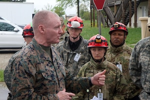U.S. Marine Corps Sgt. Maj. Paul McKenna, Command Senior Enlisted Leader for North American Aerospace Defense Command and U.S. Northern Command, spoke with U.S. Army Soldiers from the 68th Engineer Company, 62nd Engineer Battalion, based in Ft. Hood, Texas, during Guardian Response 19, May 3, 2019.