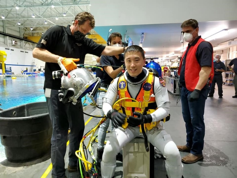 NASA Astronaut Dr. Jonny Kim partnered for a lunar simulation, testing the Diver Augmented Vision Display (DAVD) helmet system. Office of Naval Research and SUPSALV are developing generation 2 and 3 capabilities to the helmet system which provides navigation in low-visibility environments.