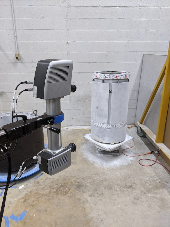 The scanner and a shaft with just the tapered end for testing with the Shaft Taper Analysis Verification Evaluation (STAVE) System.