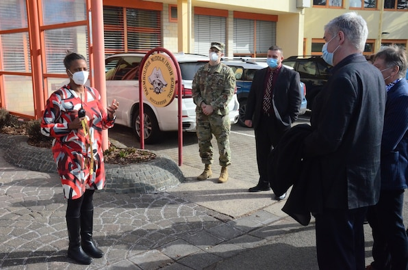 Army COVID prevention focus of Baumholder visit by local host-nation leaders