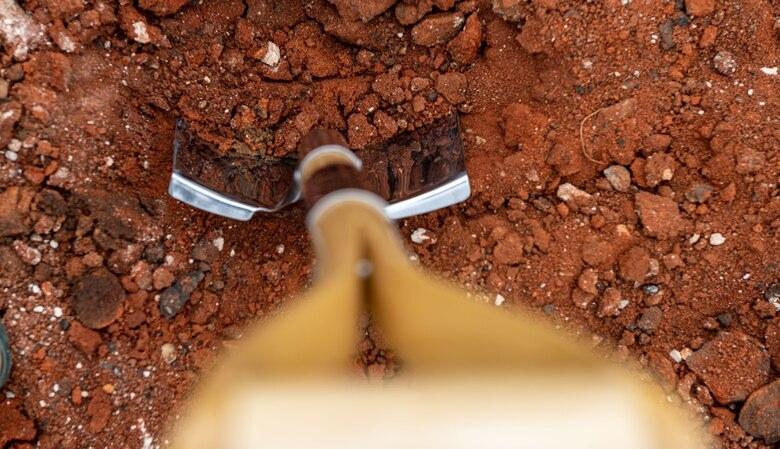 Photo of shovel