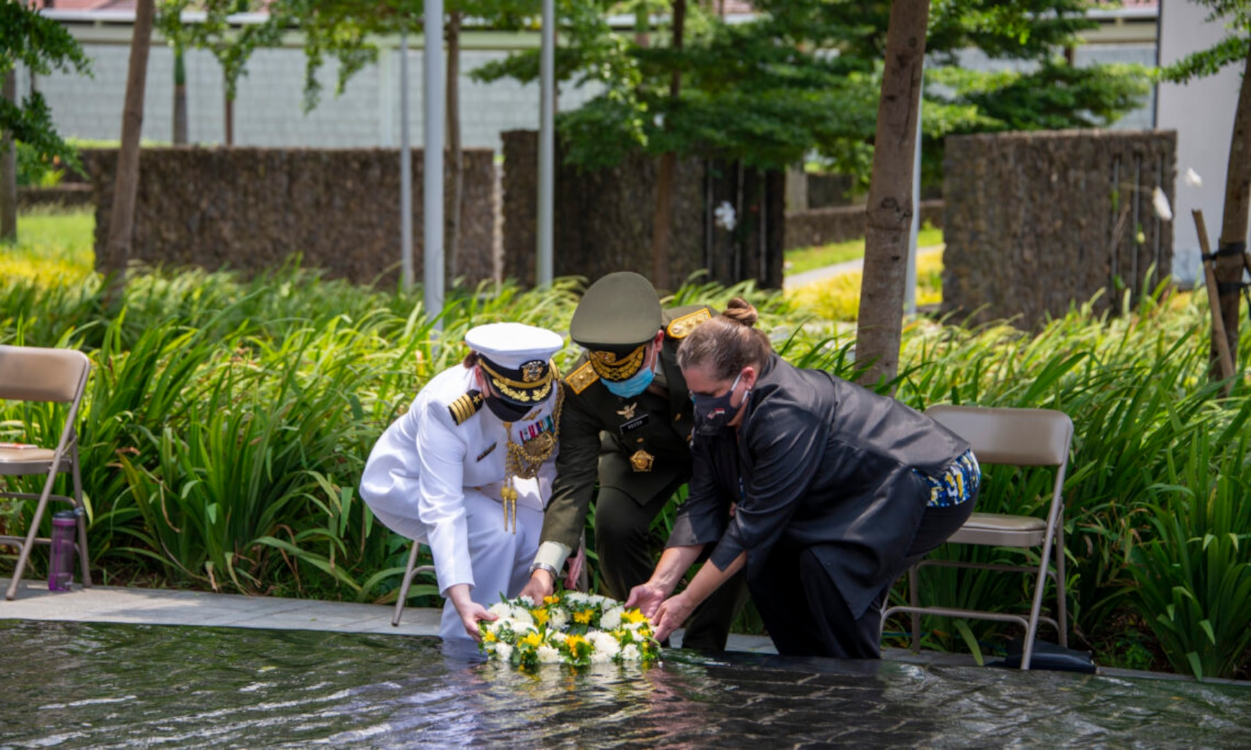 U.S. Embassy Hosts Commemoration of Battle of Sunda Strait