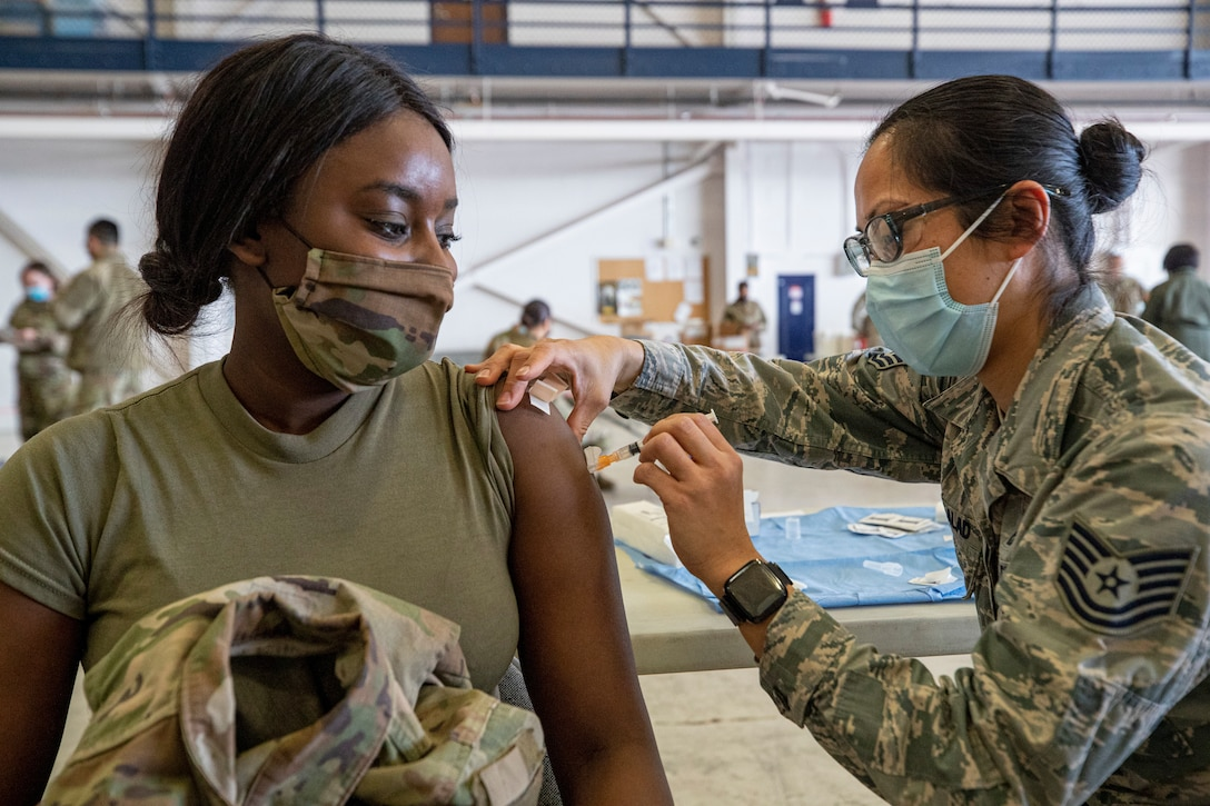 108th Medical Group vaccinates New Jersey Soldiers and Airmen