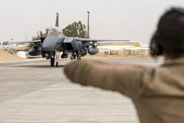 (U.S. Air Force photo by Senior Master Sgt. Ralph Branson)