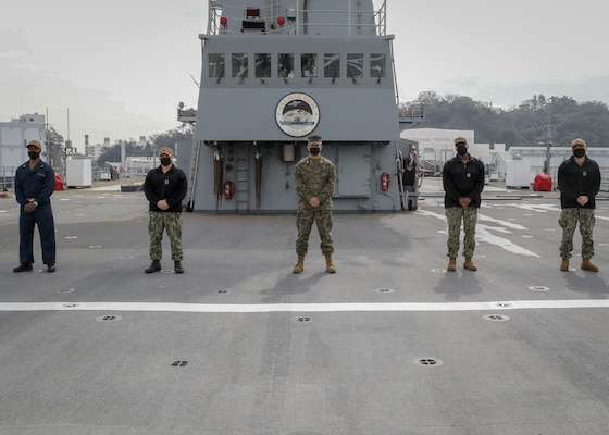 210305-N-MM501-1004 YOKOSUKA, Japan (March 5, 2021) – Marines, assigned to III Marine Expeditionary Force (MEF) from Okinawa, Japan, and Sailors, assigned to U.S. 7th Fleet in Yokosuka, Japan, work side by side in support of a ten-week integration with U.S. 7th Fleet and III MEF. The focus of the integration is to ensure the U.S. Navy and Marine Corps aligns with the National Defense Strategy. U.S. 7th Fleet routinely operates and interacts with 35 maritime nations while conducting missions to preserve and protect a free and open Indo-Pacific Region. (U.S. Navy photo by Mass Communication Specialist 2nd Class Shannon Burns)