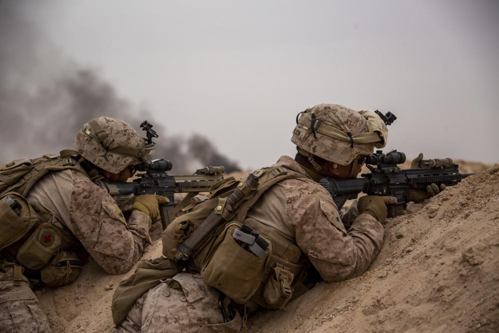 US Military News • US Marines & Sailors • Fire Movement Training • Amphibious Combat Rehearsal 2021