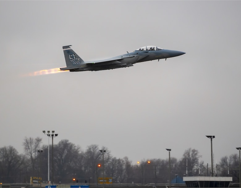 The first F-15EX departs a Boeing facility in St. Louis, Mo, in route to Eglin Air Force Base, Fla. (Photo by Boeing Co.)