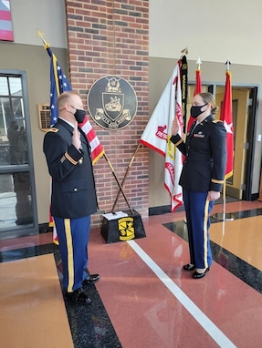 Army Reserve general officers share best practices with UNG cadets