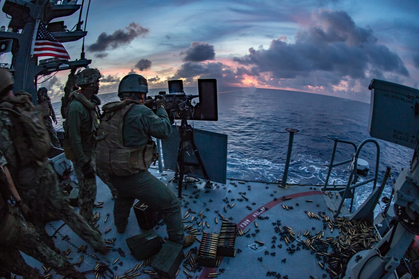 31st MEU demonstrates non-traditional use of expeditionary platforms during joint patrol