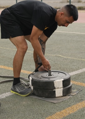 Army Reserve NCO leads ACFT familiarization