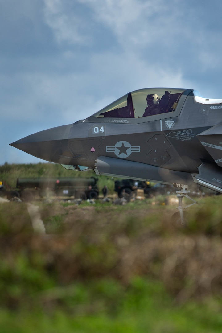 An F-35B Lightning II from VMFA-121, 1st Marine Aircraft Wing, takes off from an expeditionary airfield during Castaway 21.1 at Ie Shima, Okinawa, Japan, Mar. 8, 2021. Pilots demonstrated their ability to take off and land on short runways, allowing for operations in remote, austere environments throughout the Indo-Pacific region.