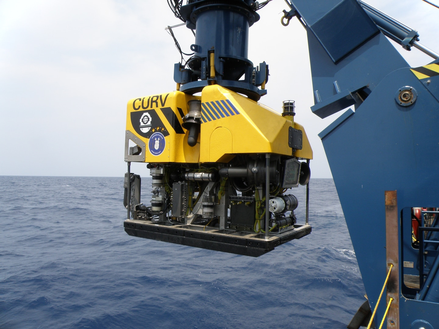 CURV 21 is a 6,400 pound Remotely Operated Vehicle (ROV) that is designed to meet the US Navy's deep ocean salvage requirements down to a maximum depth of 20,000 feet of seawater.
