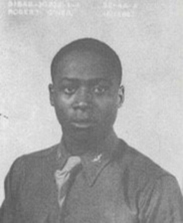 Breaking Down Barriers: 1st Lt. Robert O'Neil, Tuskegee Airman