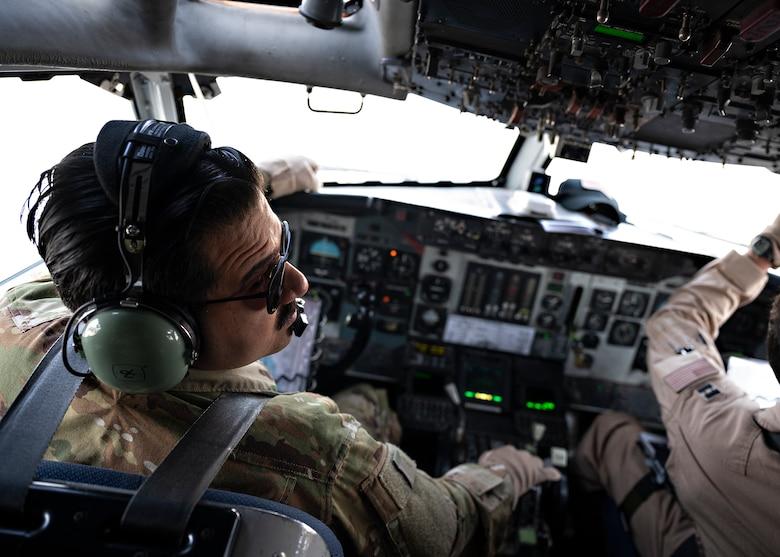 AWACS crew eyes over the battle