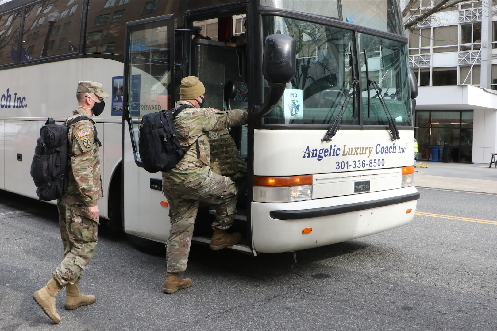 Large-scale, short-notice D.C. mission requires massive transportation effort