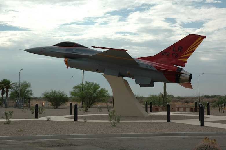 944FW Red Tail Static Display
