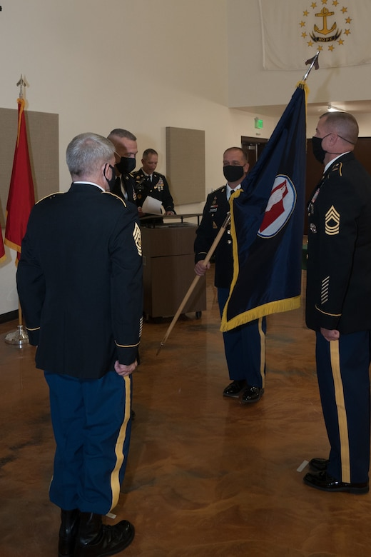 Soldiers pass colors