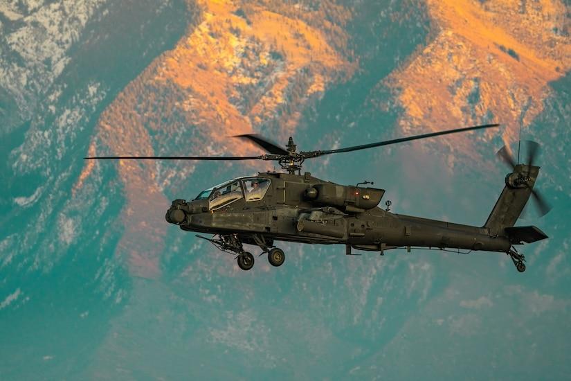 A 1st Attack Reconnaissance Battalion, 211th Aviation Regiment AH-64 Apache helicopter.