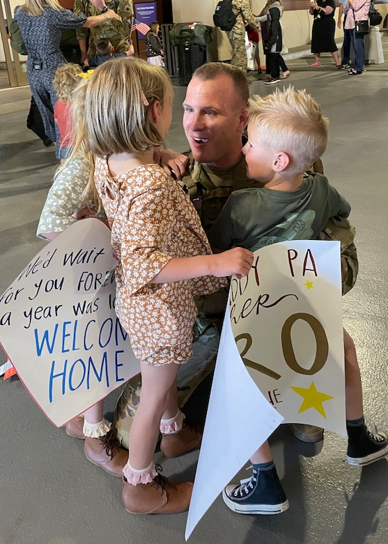 Soldier greets his children