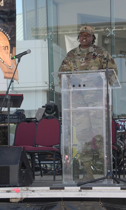 photo of 116th Air Control Wing Airmen speaking at 25th Annual Pan African Festival