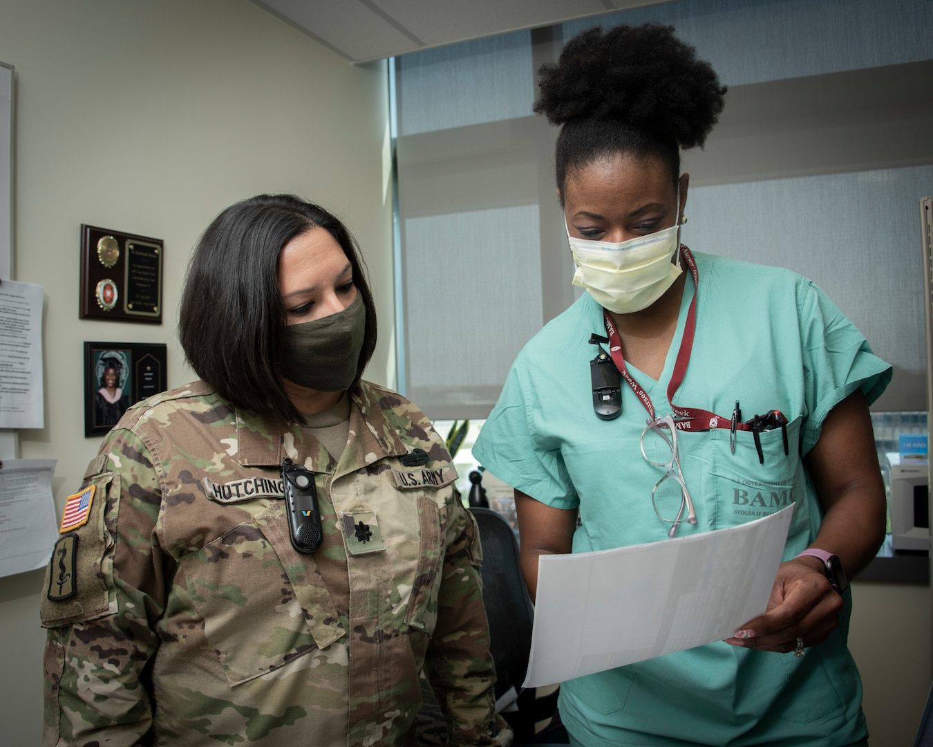 3T Medical Intensive Care Unit, review patient records at Brooke Army Medical Center