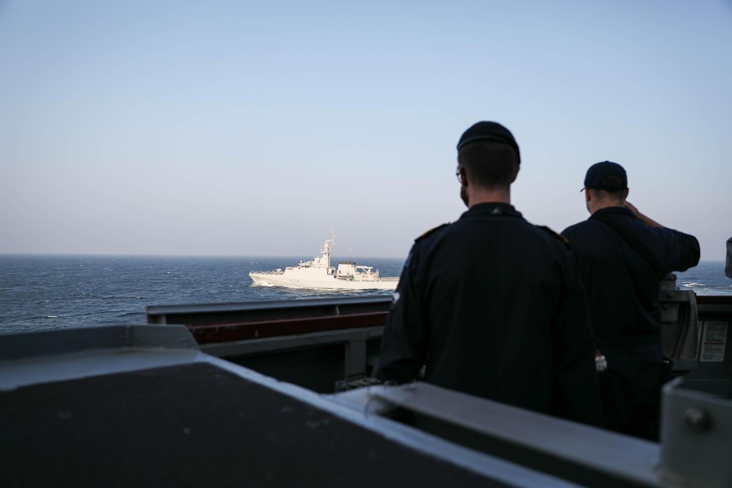 USS Ross (DDG 71); FOST