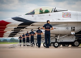Thunderbirds return to St. Joseph for Sound of Speed Air Show