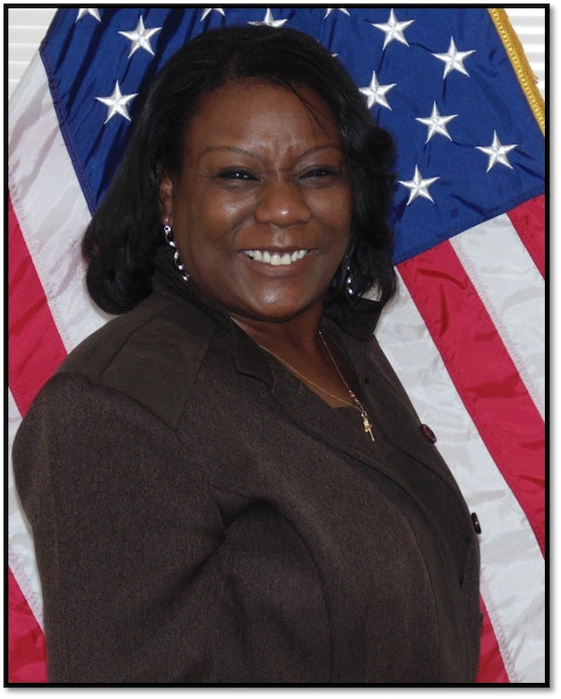 Uzzle selected as U.S. Army Reserve Command Inspector General's 2020 Civilian of the Year
