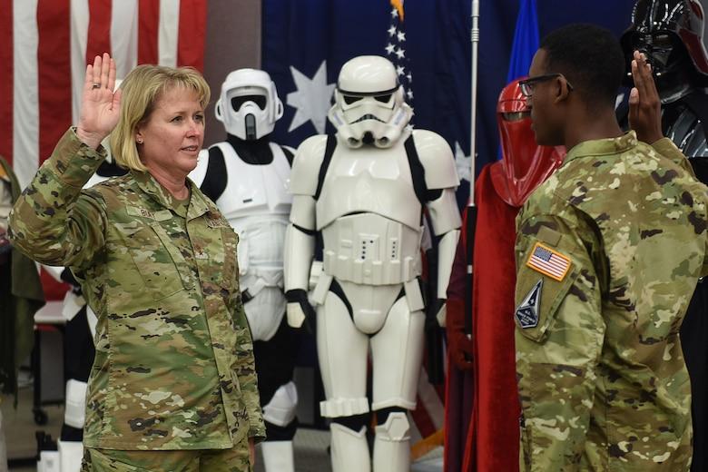 Photo of Major General Burt swearing in