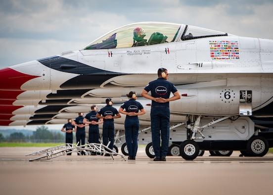 Thunderbirds return to St. Joseph for Sound of Speed Air Show