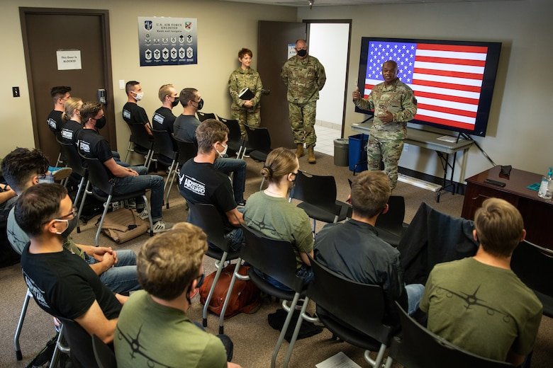 Senior enlisted advisor to the Chief of the National Guard Bureau Tony Whitehead talks to trainees assigned to the 151st Student Flight, Utah Air National Guard on May 2, 2021. The trainees recently enlisted in the 151st Air Refueling Wing and are awaiting training dates to basic military training to begin their military career. (U.S. Air National Guard photo by Tech. Sgt. Colton Elliott)