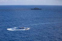 USS Sioux City (LCS 11) conducts bi-lateral maritime exercise with the Jamaican Defence Force Coast Guard.