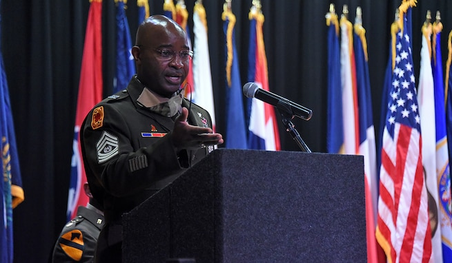 Command Sgt. Maj. Finis A. Dodson, U.S. Army Space and Missile Defense Command command sergeant major, speaks during a commissioning ceremony for the University of North Alabama's ROTC battalion, May 7. (U.S. Army photo by Carrie David Campbell)