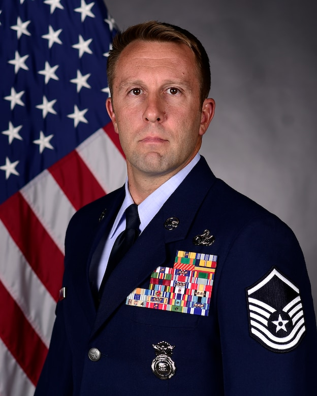 Official photo of the Air Force Reserve Command's 2021 Outstanding Senior NCO of the Year, Master Sgt. Jason W. Cangemi.