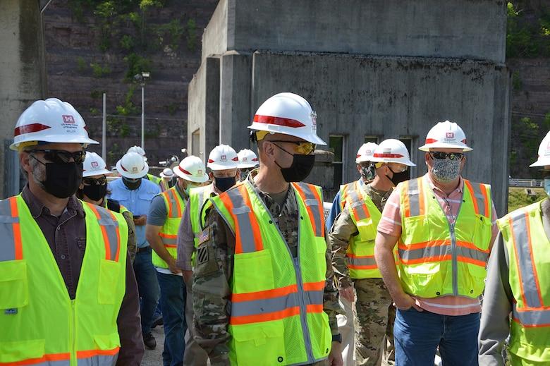 LTG Spellman Visits Bluestone Dam