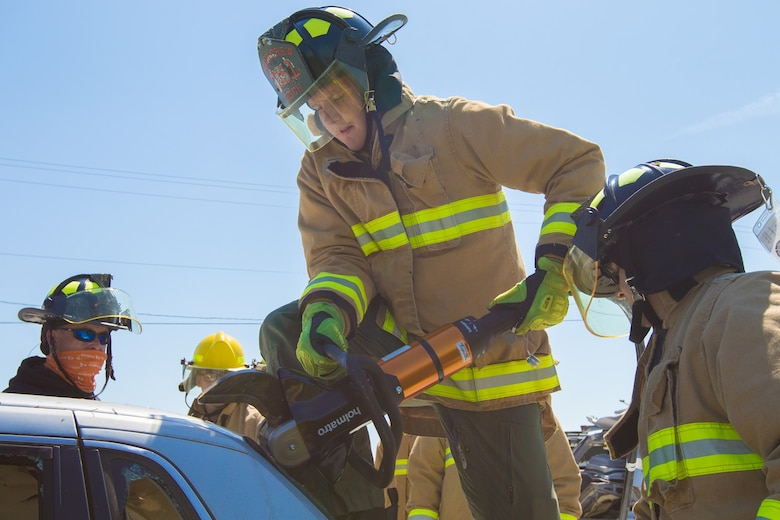 New MCSC program standardizes rescue equipment, fields to Marine firefighters