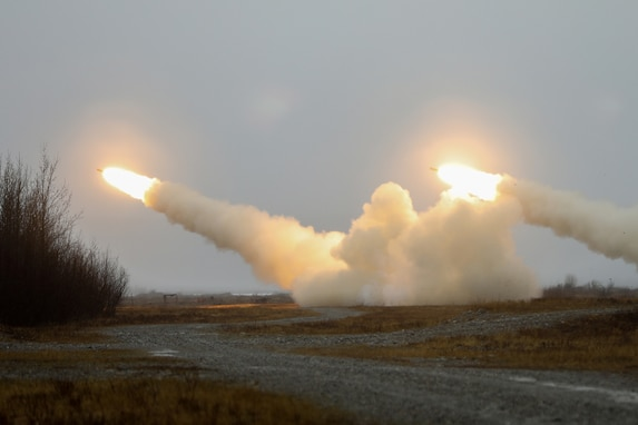 Arctic Paratroopers and HIMARS Build Combat Power During Northern Edge 21
