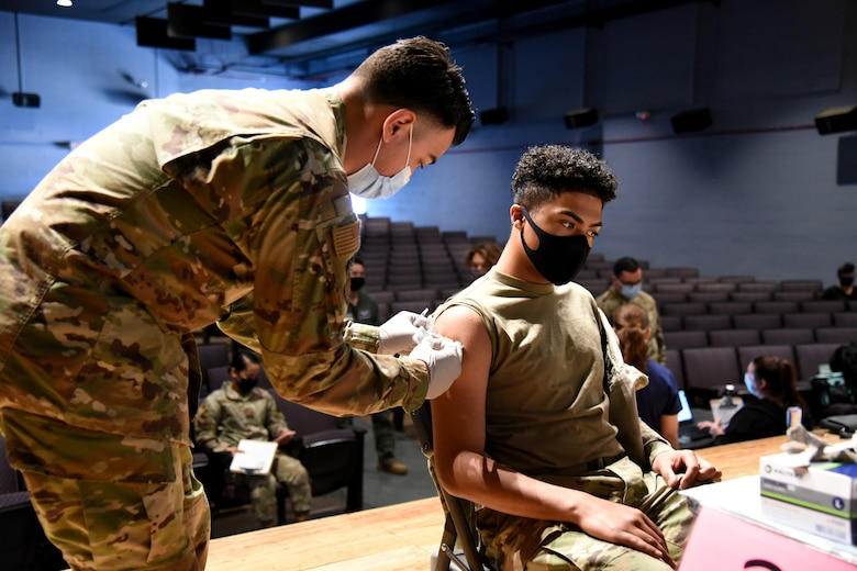 AZNG assists active component with vaccinations of service members and dependents