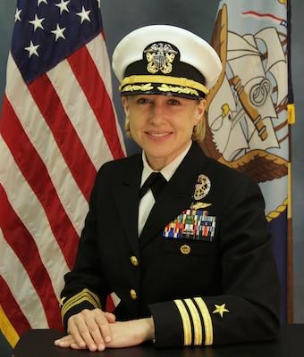 210513-N-N0443-3001 PENSACOLA, Fla. (May 13, 2021) Official portrait of Cmdr. Brandy T. McNabb. (U.S. Navy photo)