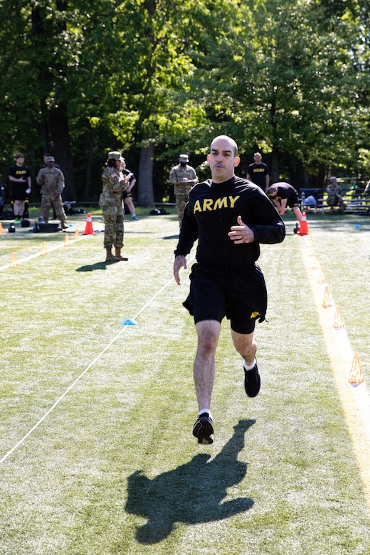 U.S. Army Reserve Legal Command Soldiers conduct Army Combat Fitness Test